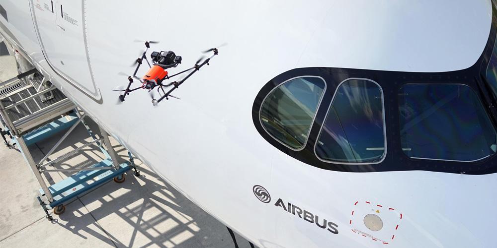 Intel_Airbus_dron AscTec Falcon 8 z RealSense