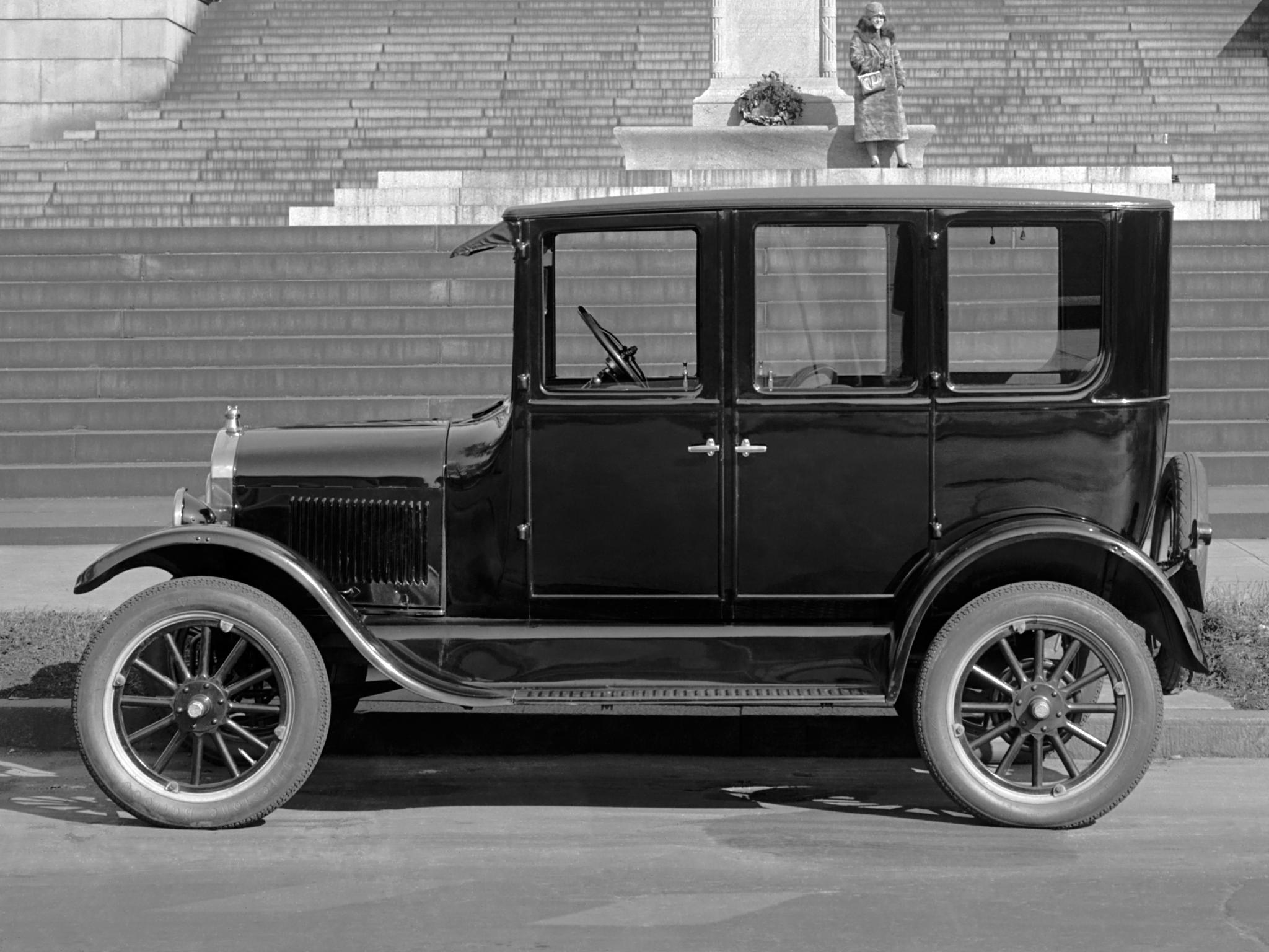 Ford T. Uznawany za pierwszy masowo produkowany samochód dla ludu. (fot. Ford Motor Company 1907 r.)